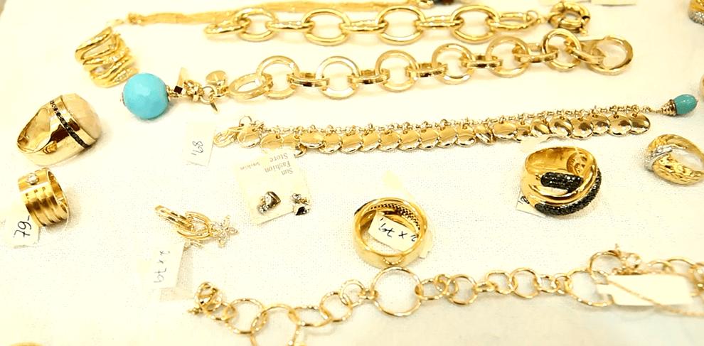 Suas joias brilhando como novas!